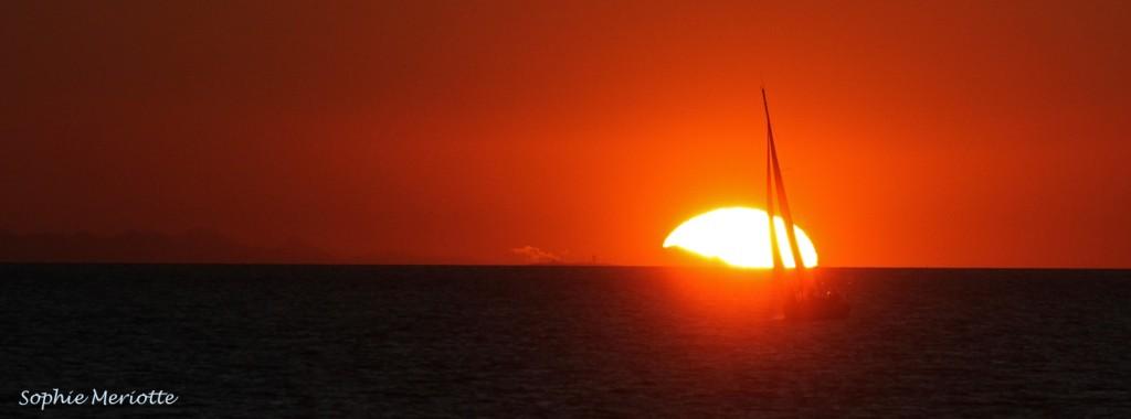 Soleil couchant sur le Canigou