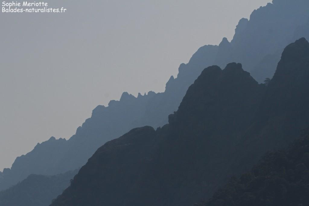Les crêtes découpées des sommets dominant la Vallée de l'Asco